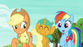 Rainbow Dash ageeing with Applejack S6E18.png
