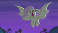 Flutterbat flying and snarling S4E07.png