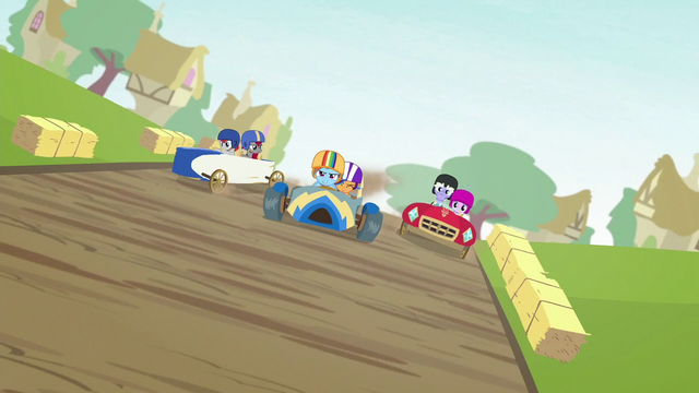 File:Rainbow Dash and Scootaloo in the lead S6E14.png