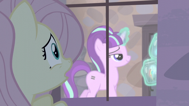 File:Fluttershy sees Starlight levitating container holding the cutie marks S5E02.png