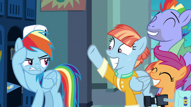 File:Rainbow Dash even more annoyed at her parents S7E7.png