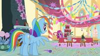 Rainbow Dash meeting Pinkie S1E25