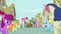 Background ponies laughing at Cranky S02E18