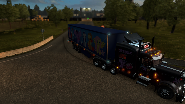 File:FANMADE ETS2 Peterbilt 389 Twilight Skin 5.png