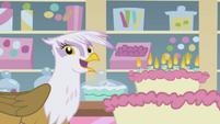 Gilda blew candles S1E05