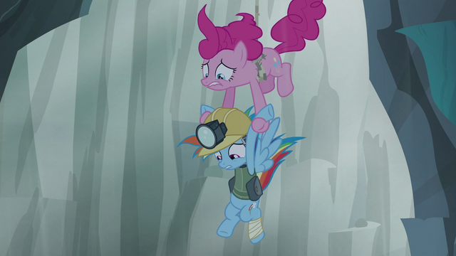 File:Rainbow slipping out of Pinkie's grip S5E8.png