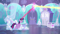 Twilight intercepting Flurry Heart's magic S6E1