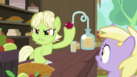 Young Granny antagonizing Grand Pear S7E13