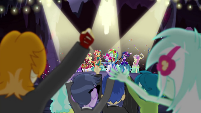File:CHS campers cheering for the Rainbooms EG4.png