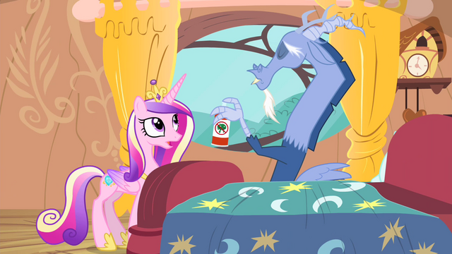 File:Cadance 'How did you even catch this flu' S4E11.png