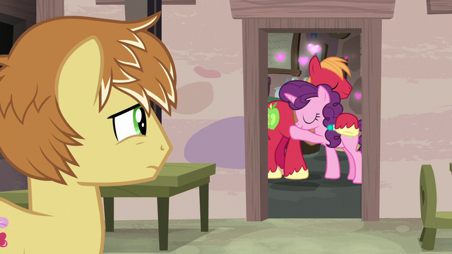File:Feather Bangs watches Big Mac and Sugar Belle cuddle S7E8.png