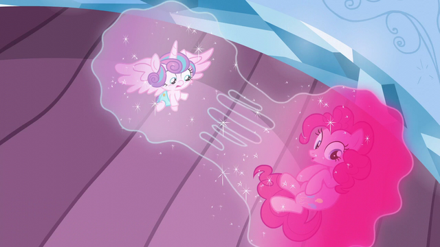 File:Flurry Heart and Pinkie's bubble being split S6E1.png