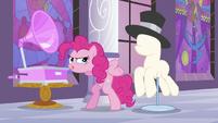 Pinkie Pie dancing S2E25