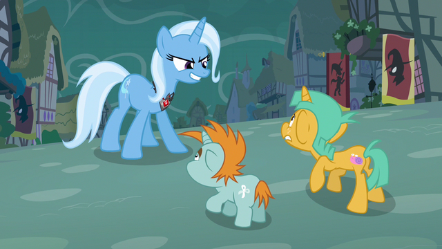 File:Trixie scary grin S3E5.png
