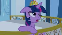 Twilight Sparkle starts singing S4E25