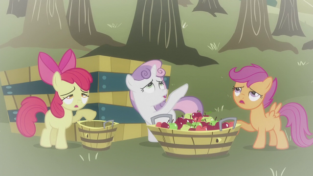 File:Flashback to Hearts and Hooves Day S5E18.png