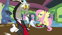 Fluttershy and Discord ruined dinner party S03E10