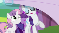 Rarity pulling back the tarp S6E14
