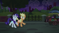 Applejack and Rarity's cutie marks shimmer again S5E16