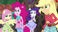 Equestria Girls listen to enraged Gloriosa EG4