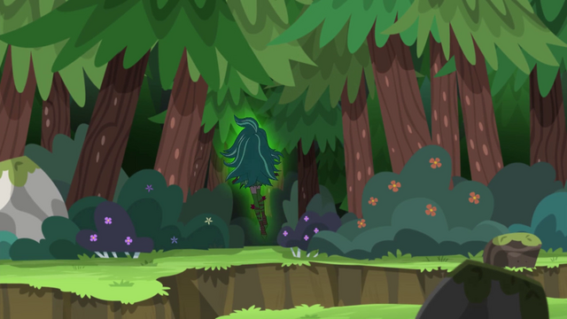 File:Gloriosa Daisy floating into the Everfree Forest EG4.png