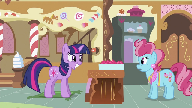 File:Twilight grinning S2E03.png