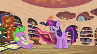 Twilight reading the book S3E03