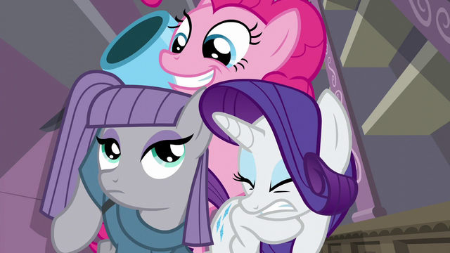 File:Pinkie smiling while party cannon pops out S6E3.png