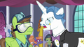 """Fancy Pants """"I ordered them trimmed"""" S5E10.png"""