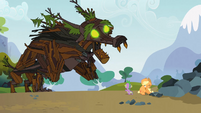 Spike saves Applejack 6 S3E09