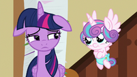 Twilight looking disappointed at Flurry Heart S7E3