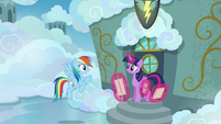 "Rainbow ""I'll leave the teaching stuff to you"" S6E24"