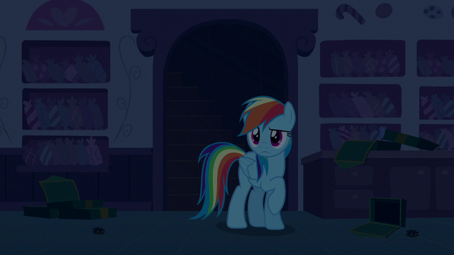 File:Rainbow Dash looks around the kitchen S6E15.png