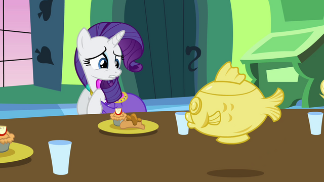 File:Rarity not the dress S3E10.png