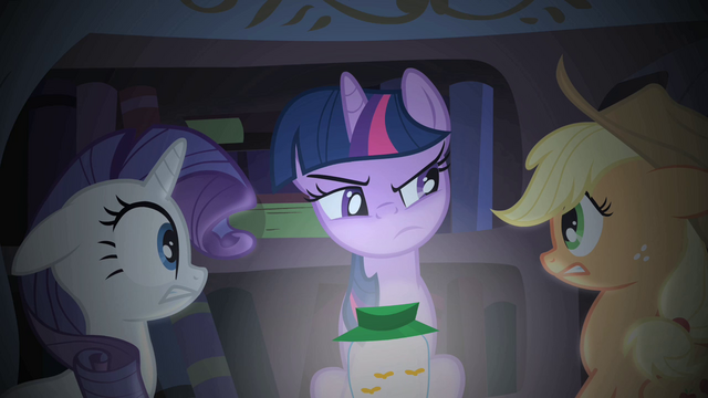 File:Twilight Sparkle telling her ghost story S1E08.png