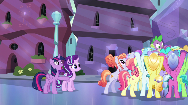 "File:Twilight Sparkle ""why was everypony hiding?"" S6E16.png"