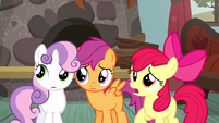 Apple Bloom tries talking to Applejack S5E6
