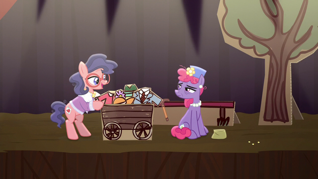 File:Charity Kindheart meets Mrs. Pearblossom S5E16.png