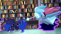Princess Luna traps the Tantabus in crystal S5E13