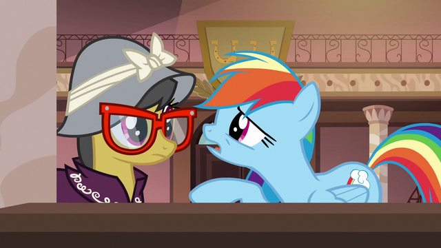 "File:Rainbow Dash ""I gotta talk to you"" S6E13.png"