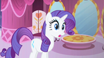 Rarity grasping everything S1E19