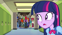 Twilight watches Flash walk away EG