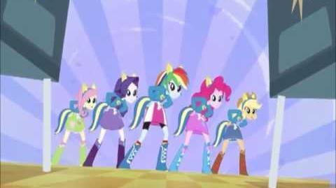 Equestria Girls - Cafeteria Song - Brazilian