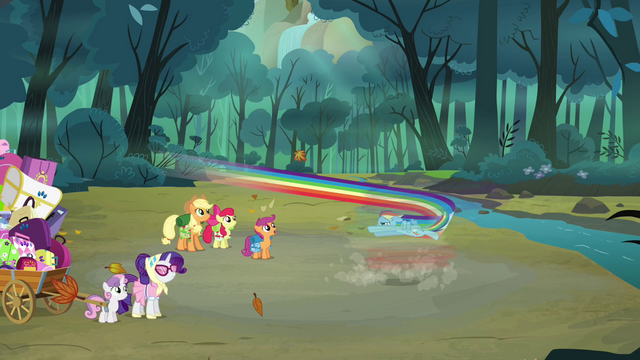 File:Rainbow about to spin S3E6.png