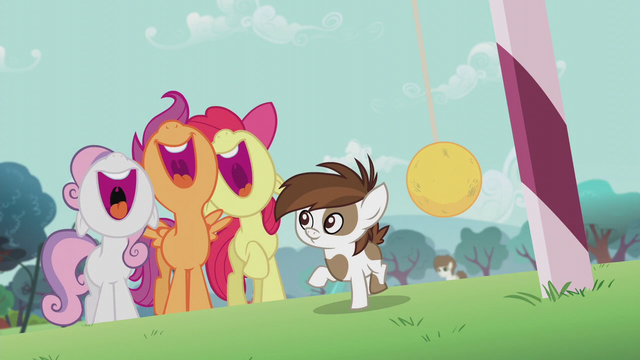 "File:CMC sings ""'Cause when we vote together"" S5E18.png"