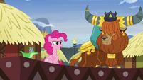 """Pinkie Pie """"pink pony like yak story!"""" S7E11"""