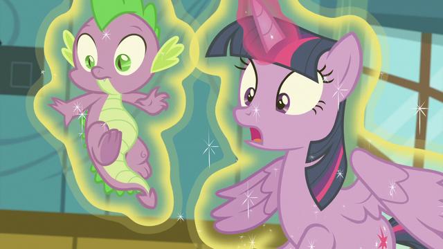 "File:Twilight Sparkle ""nopony panic!"" S7E3.png"