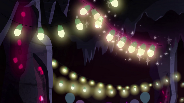 File:Strings of lights floating to the cave ceiling EG4.png