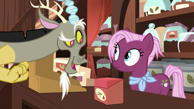 """File:Discord """"I got here just in time"""" S7E12.png"""