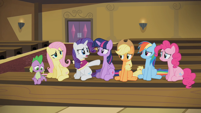 File:Rarity 'But I so wanted you to see this show!' S4E08.png